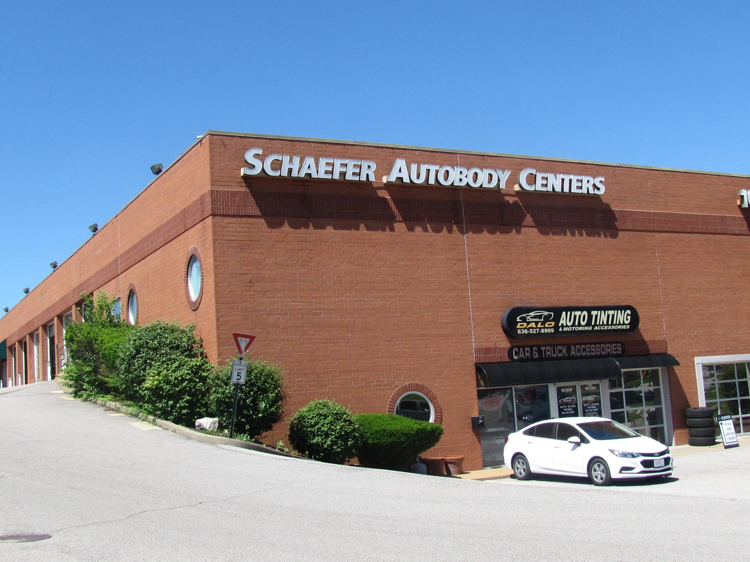 Exterior of Schaefer Autobody Center Ellisville MO