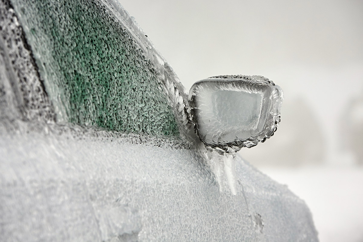 Defrost icy vehicle windows